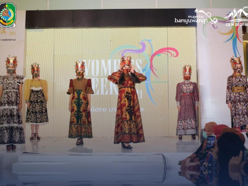 "Omprok Gandrung di ""Women's Week 2021"" , Upaya Membangkitkan Ekonomi Kreatif dan Pariwisata Jawa Timur"